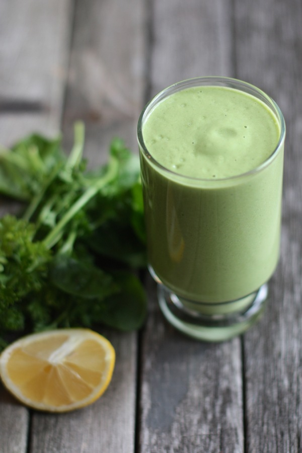 banana, pear, avocado and hempseed smoothie