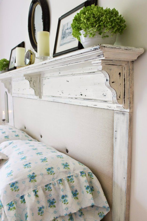 17 cool diy headboard ideas to upgrade your bedroom homelovr for How to make your bedroom look cool without spending money