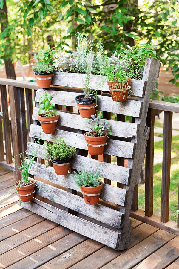 19 Inspiring DIY Pallet Planter Ideas