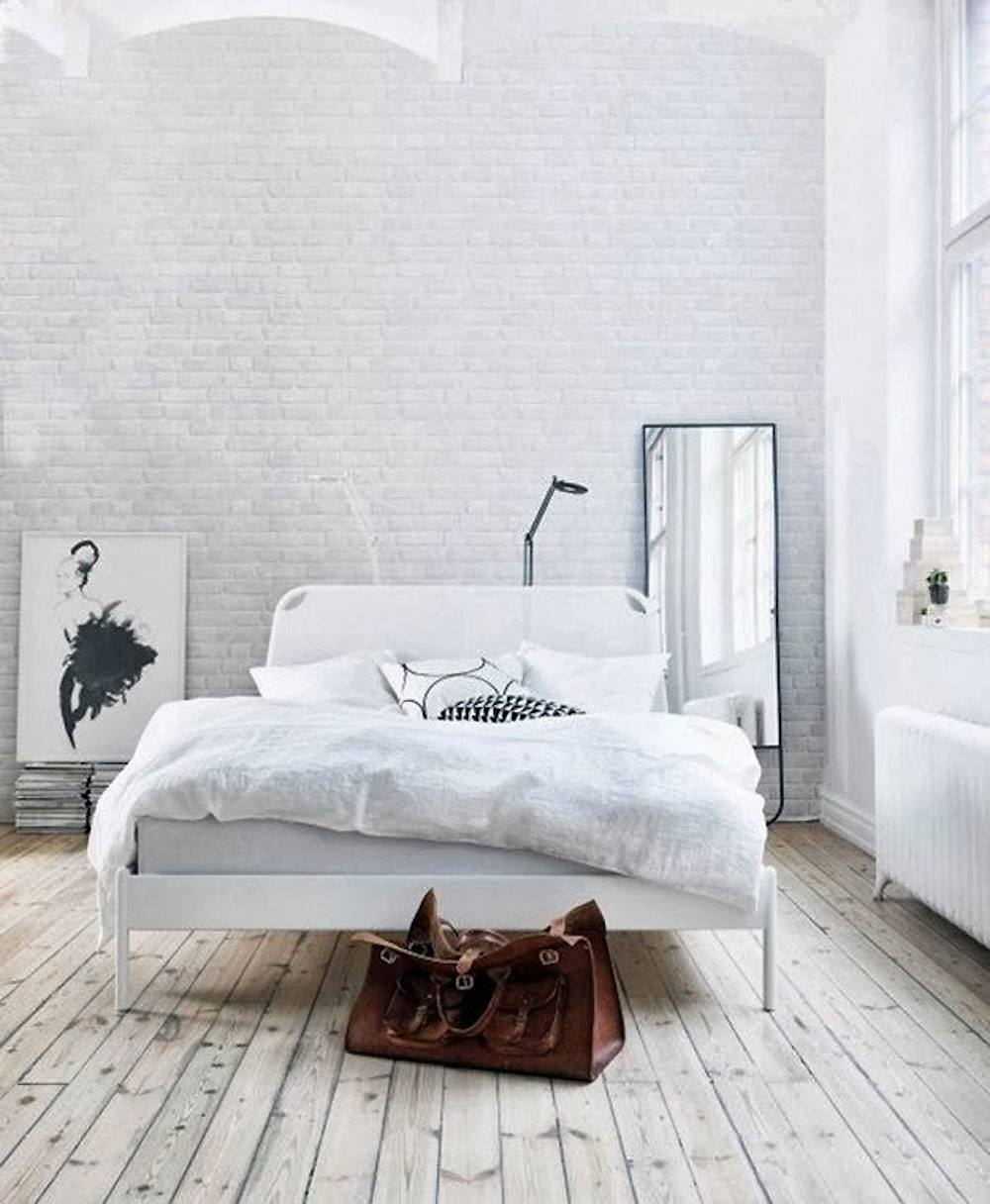 40 minimalist bedroom ideas less is more homelovr for Minimalist bedding ideas