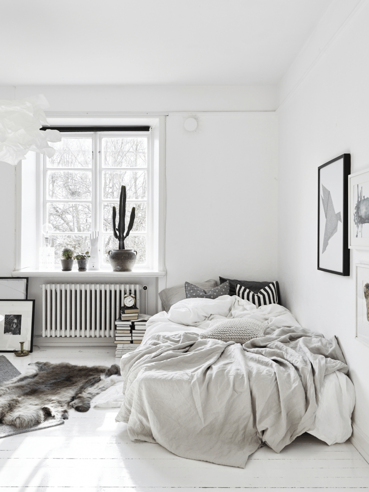 Modern Scandinavian Style Bedroom