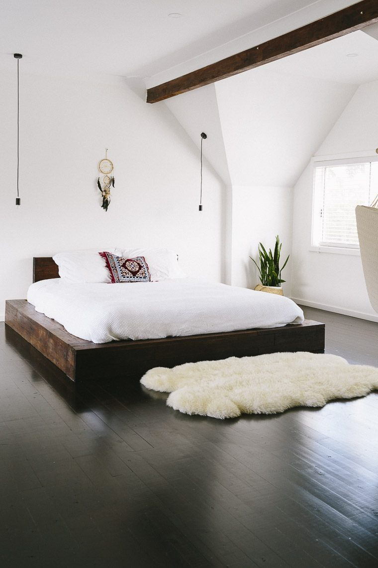 40 Minimalist Bedroom Ideas | Less is More | Homelovr