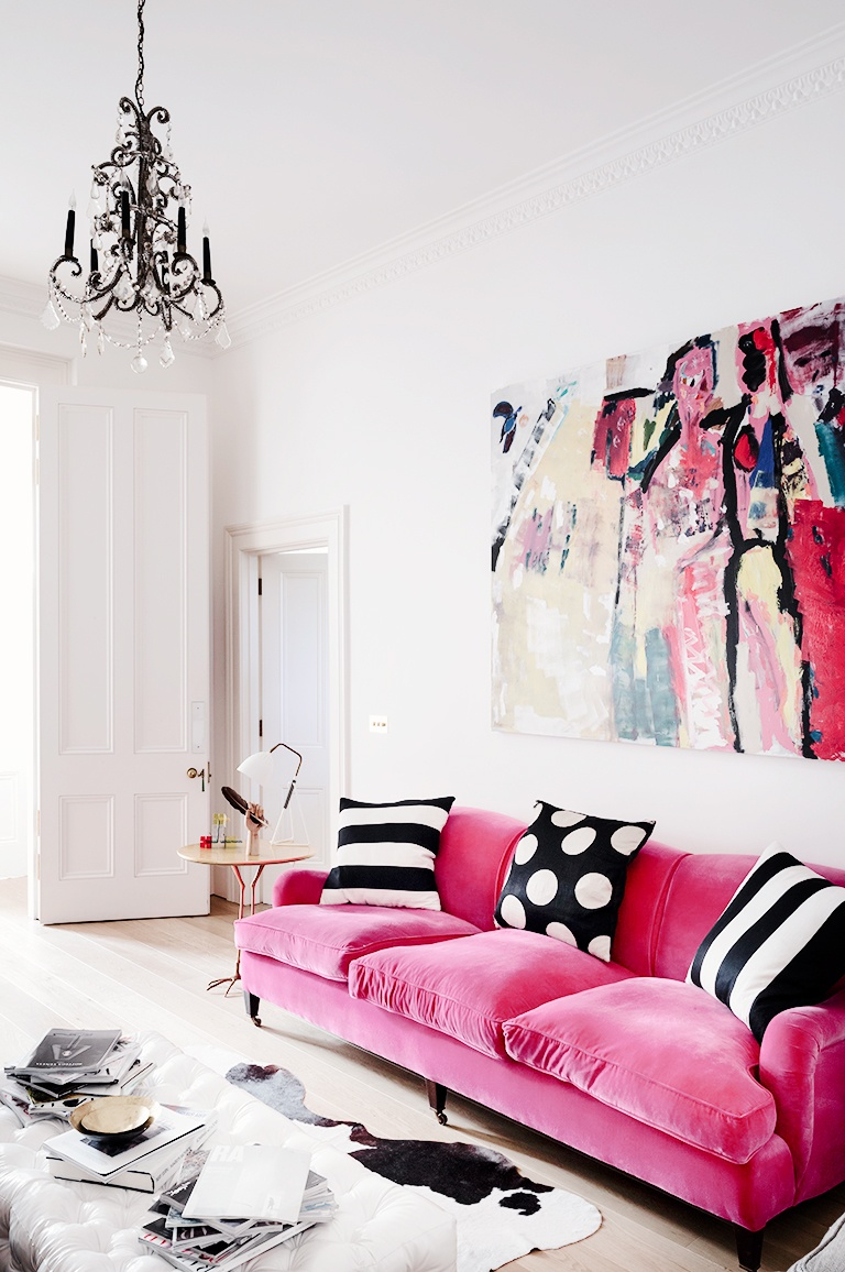 30 Small Living Room Ideas | Make the Most of Your Space - Homelovr