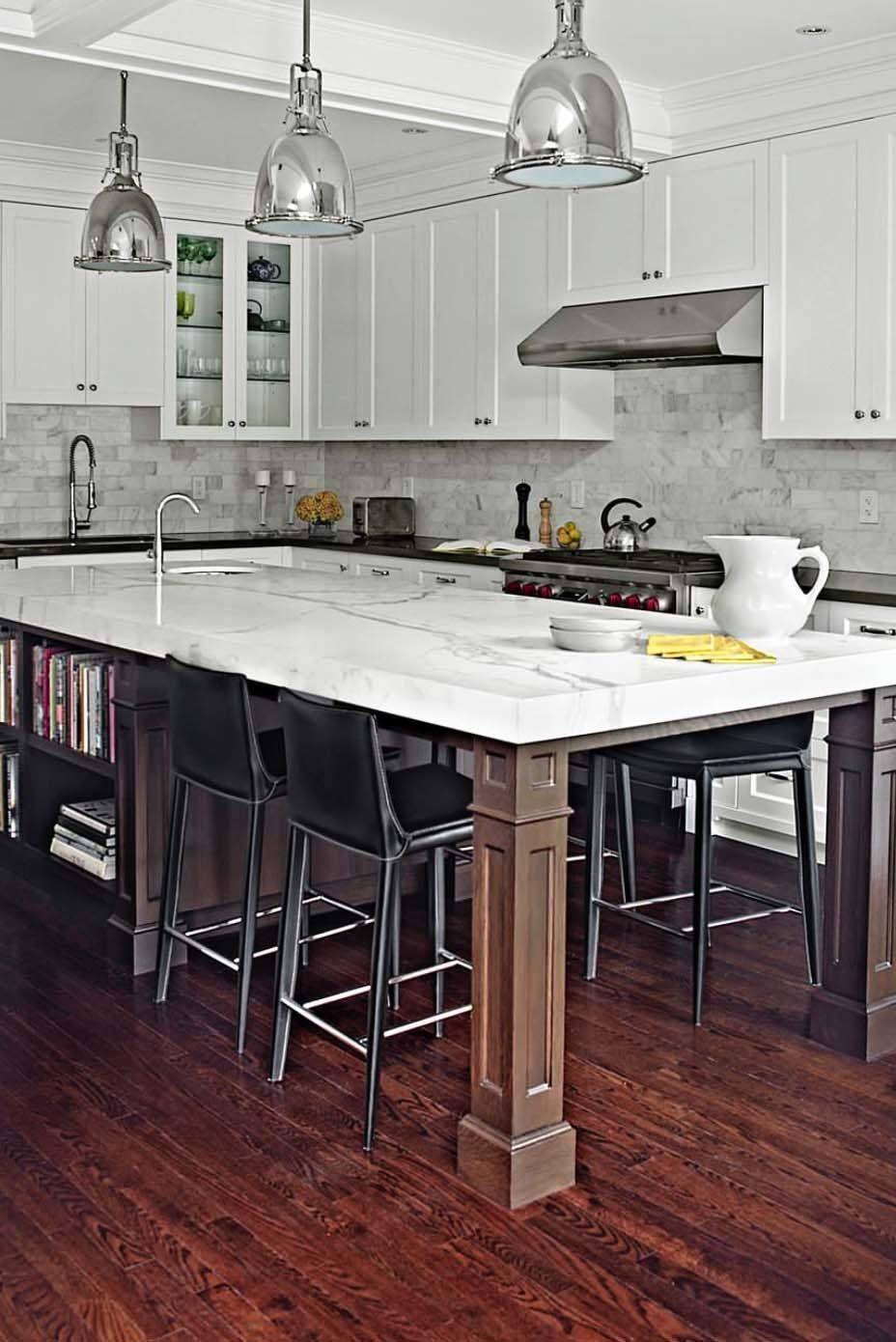 Conventional Kitchen Island with Storage and Dinigng Space
