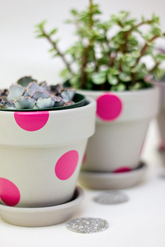 Easy Neon Painted Terracota Pots