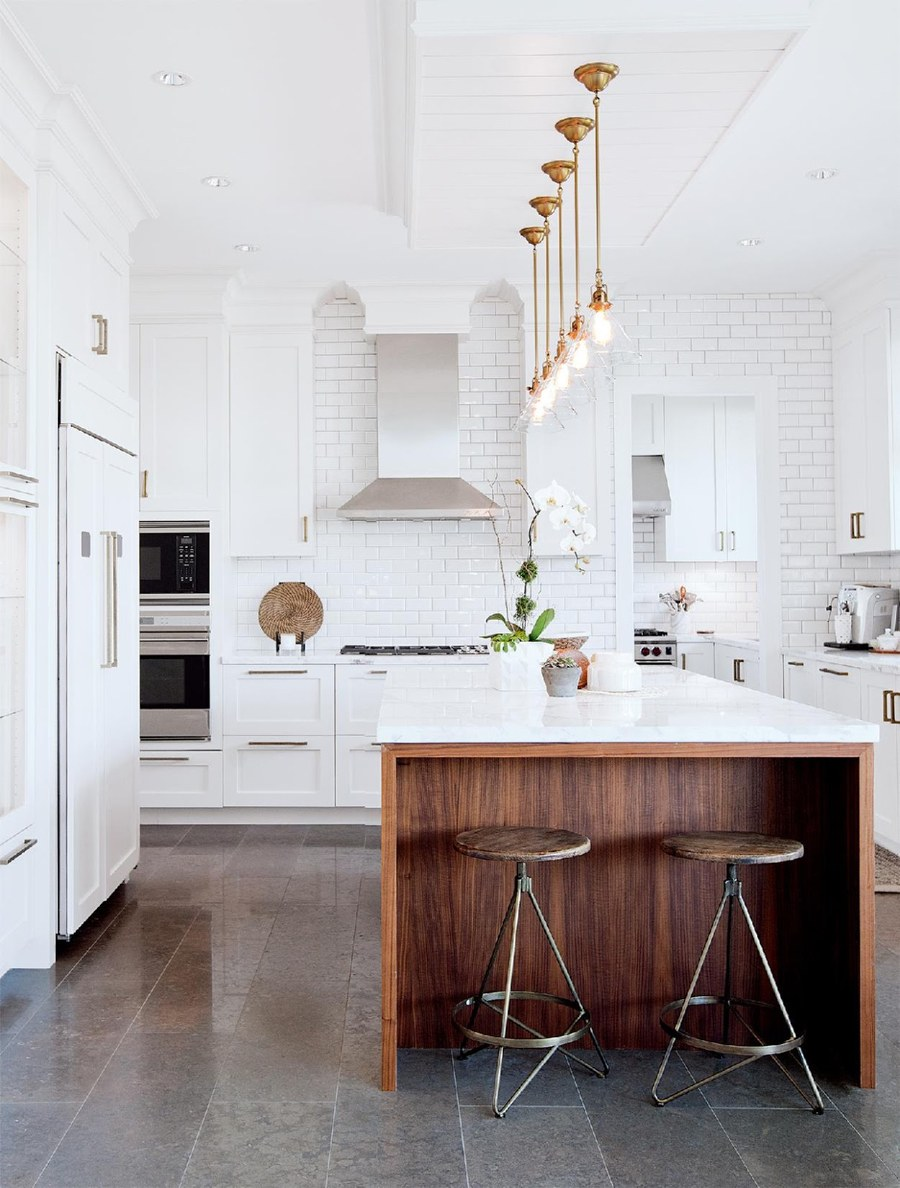 Gorgeous Modern White Kitchen