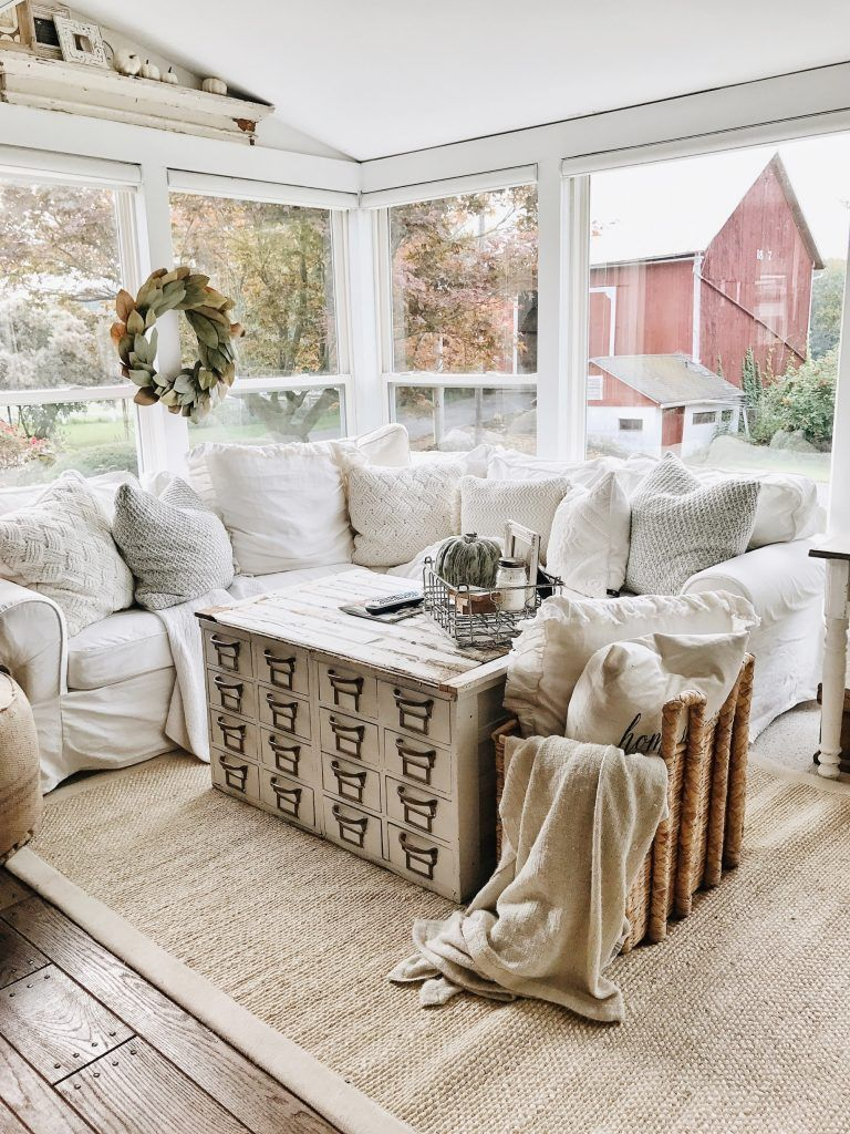 4 cozy pillow corner - Modern Farmhouse Living Room