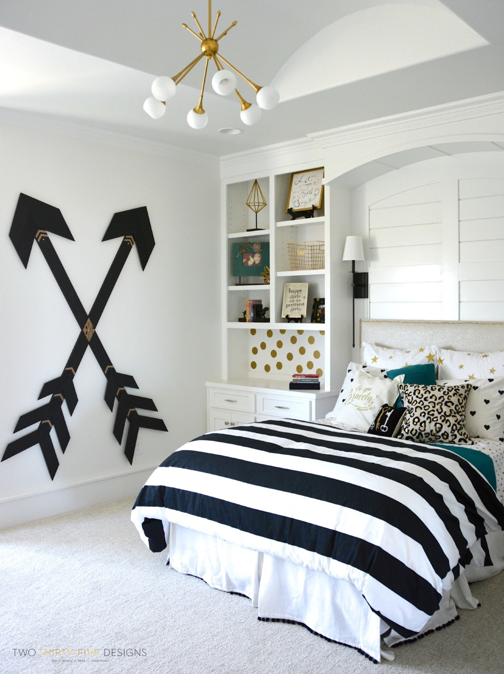 pottery barn teen girl bedroom with wooden wall arrows - Teen Girl Bedroom Ideas