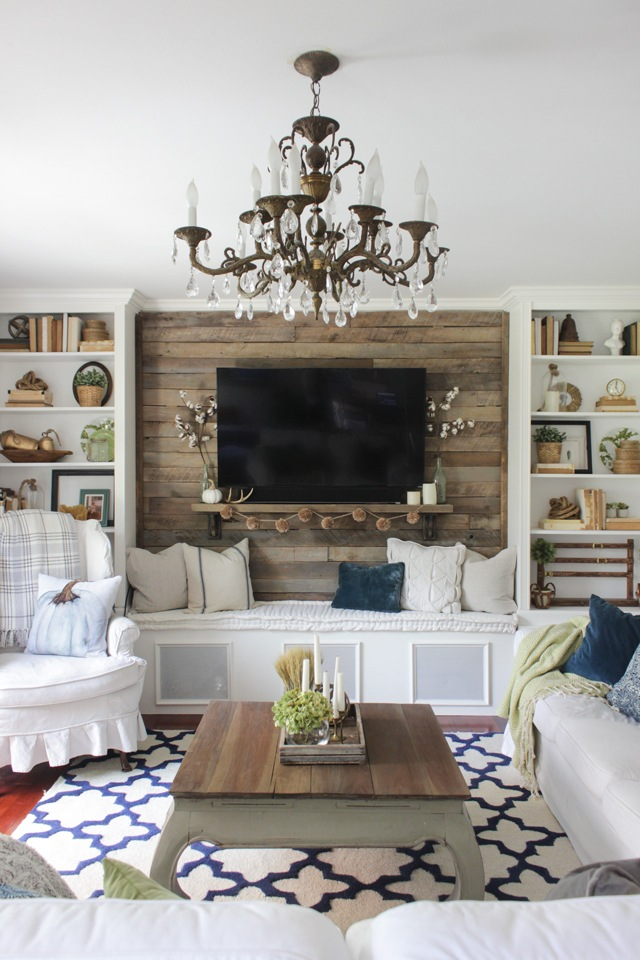 27 rustic farmhouse living room decor ideas for your home for Living room built ins ideas