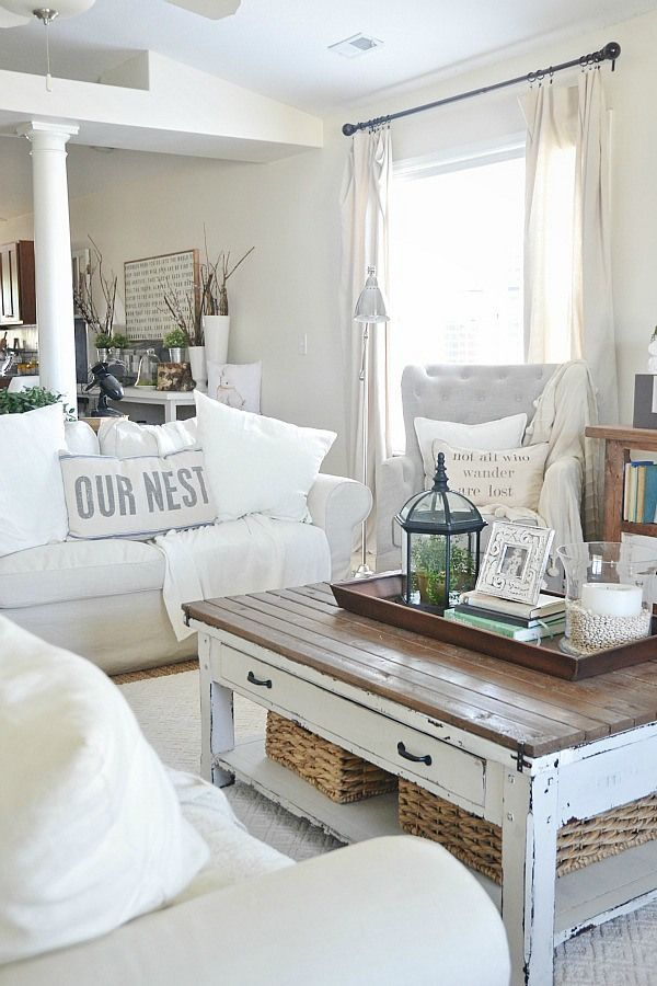 white and cream room - Farmhouse Living Room Furniture