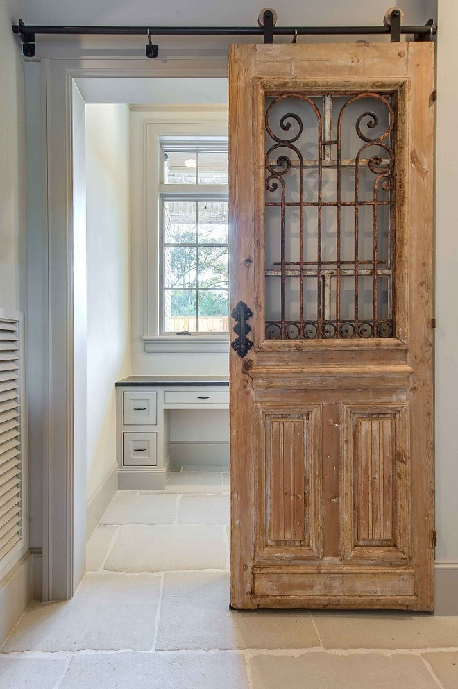Antique Sliding Barn Doors - 27 Awesome Sliding Barn Door Ideas For The Home - Homelovr