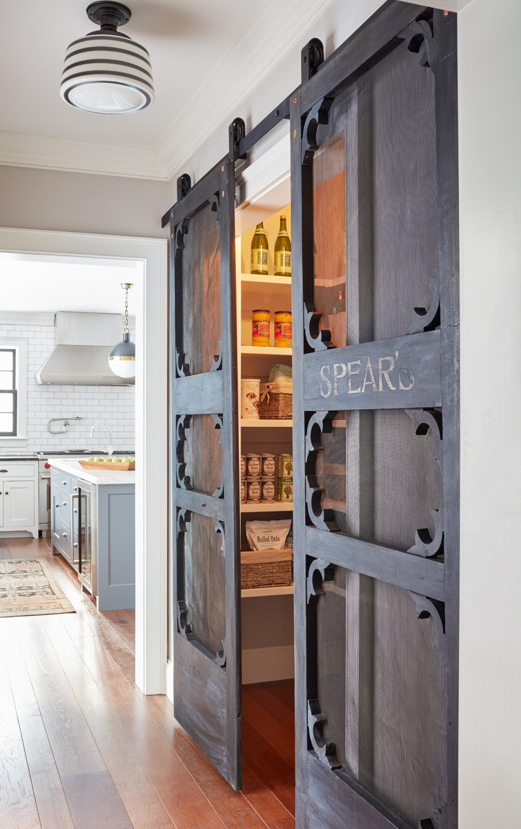 Beau Farmhouse Kitchen Pantry Door