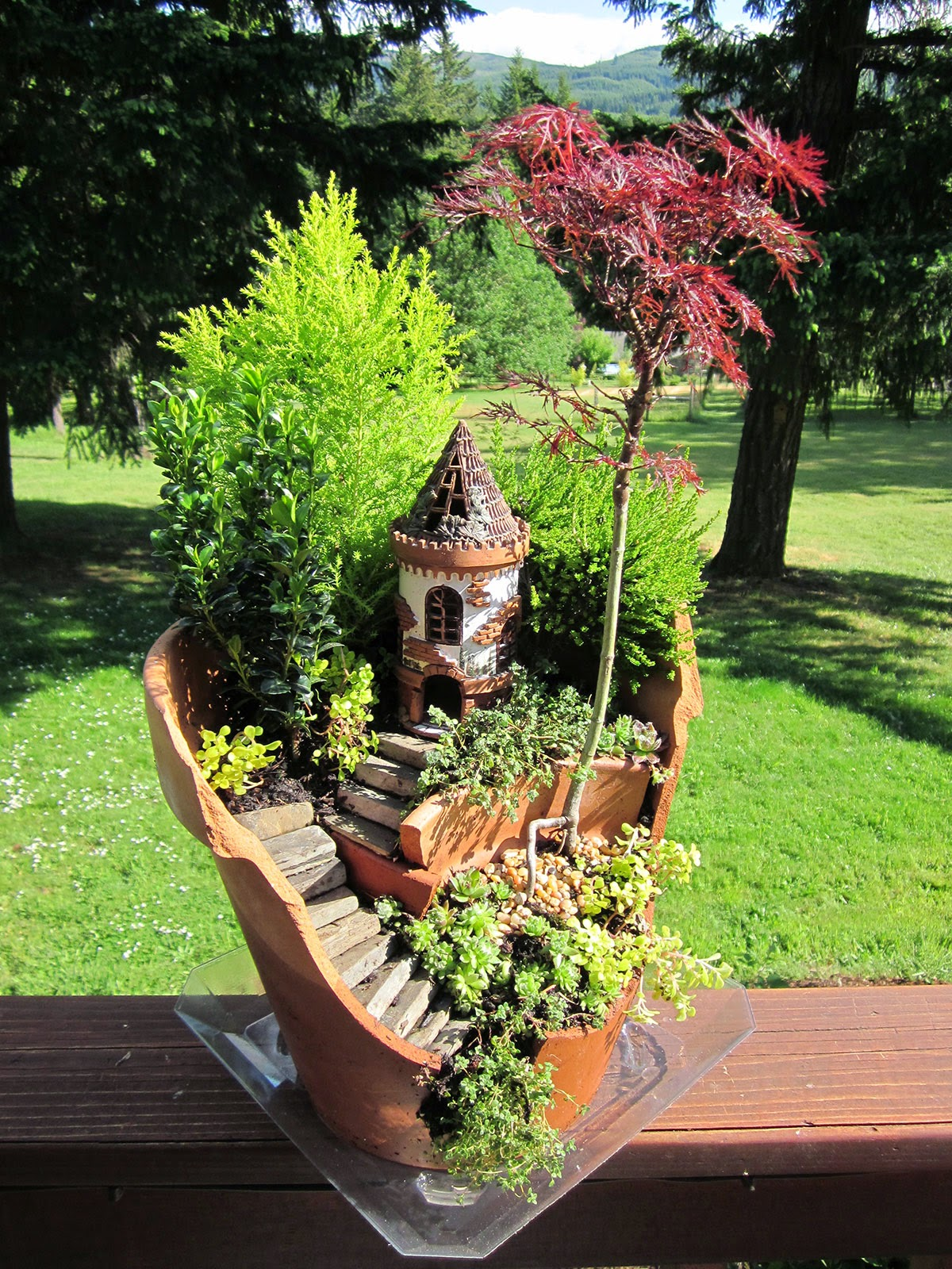 fairy garden with the castle - Diy Fairy Garden Ideas
