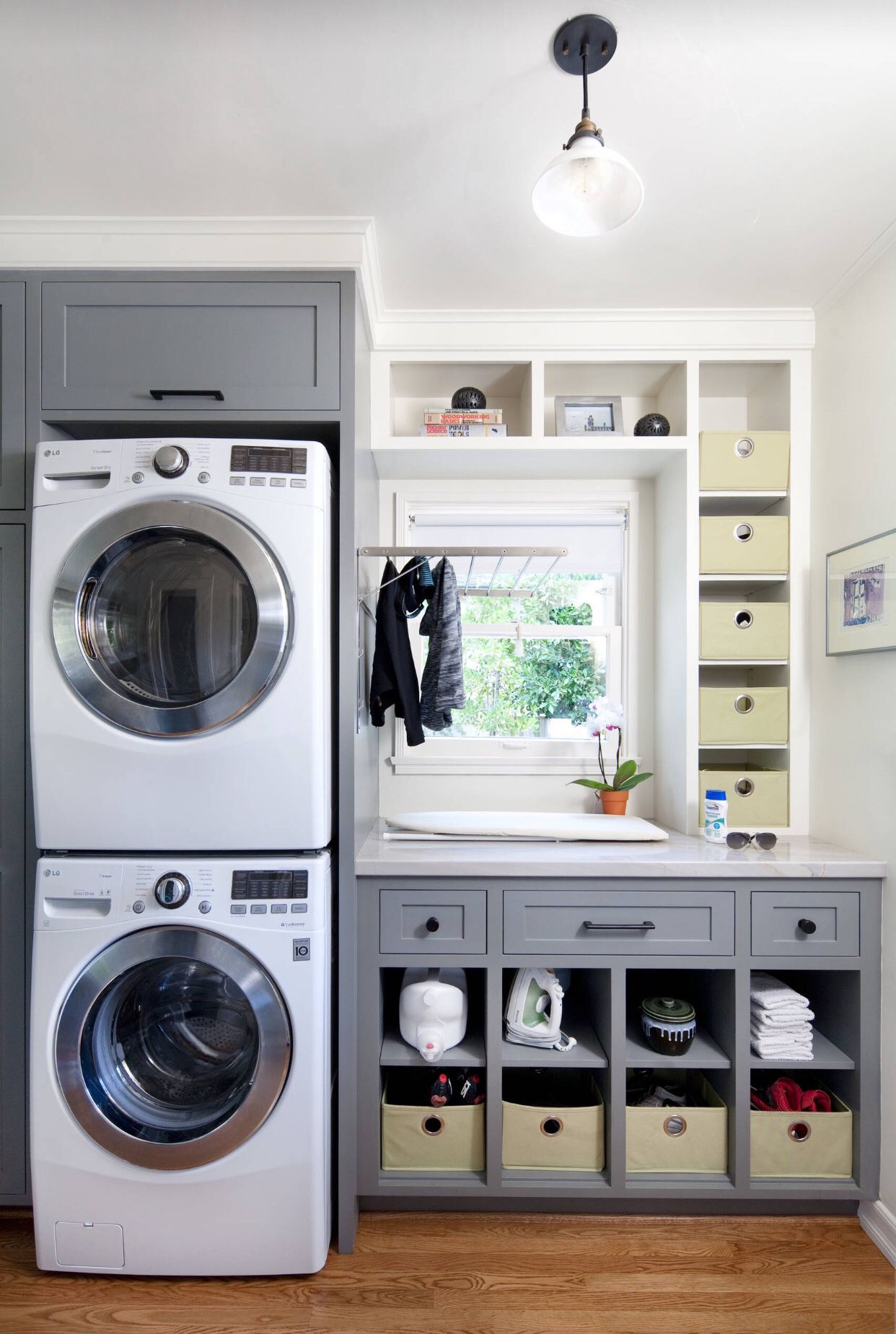 50 Beautiful and Functional Laundry Room Ideas | Homelovr on Small Laundry Room Cabinets  id=46030