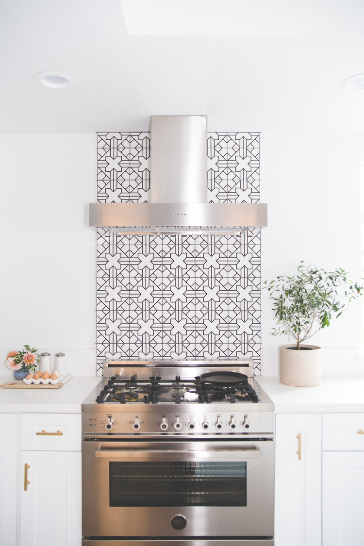 Moroccan Style Kitchen Backsplash