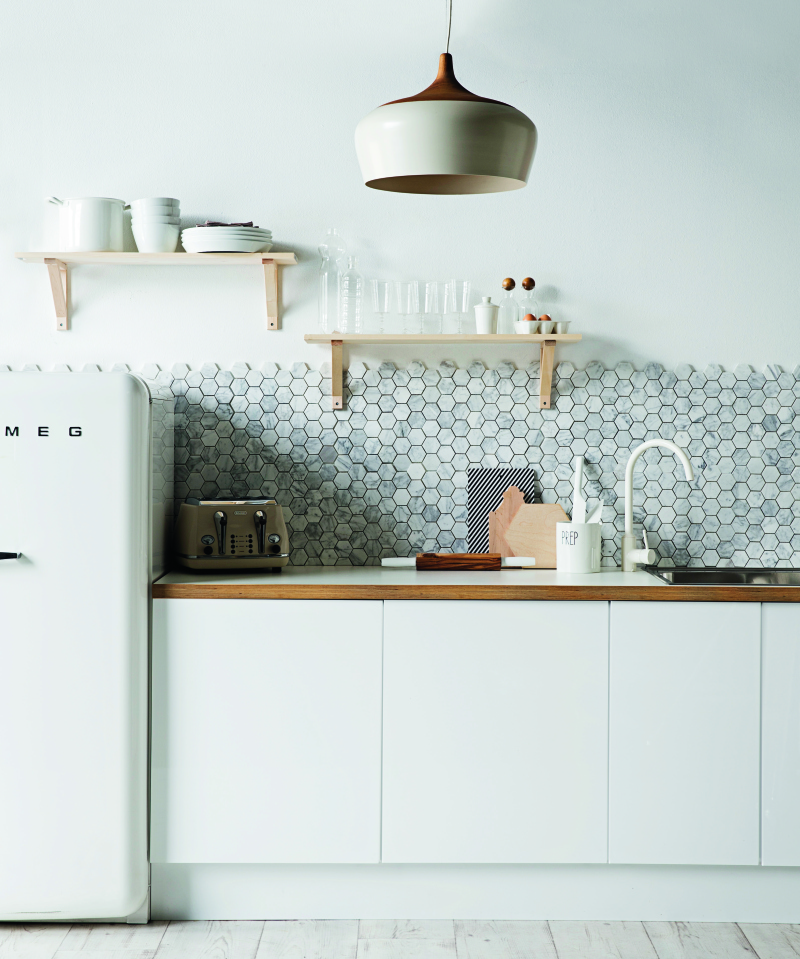 Polygon Marble Tile Backsplash