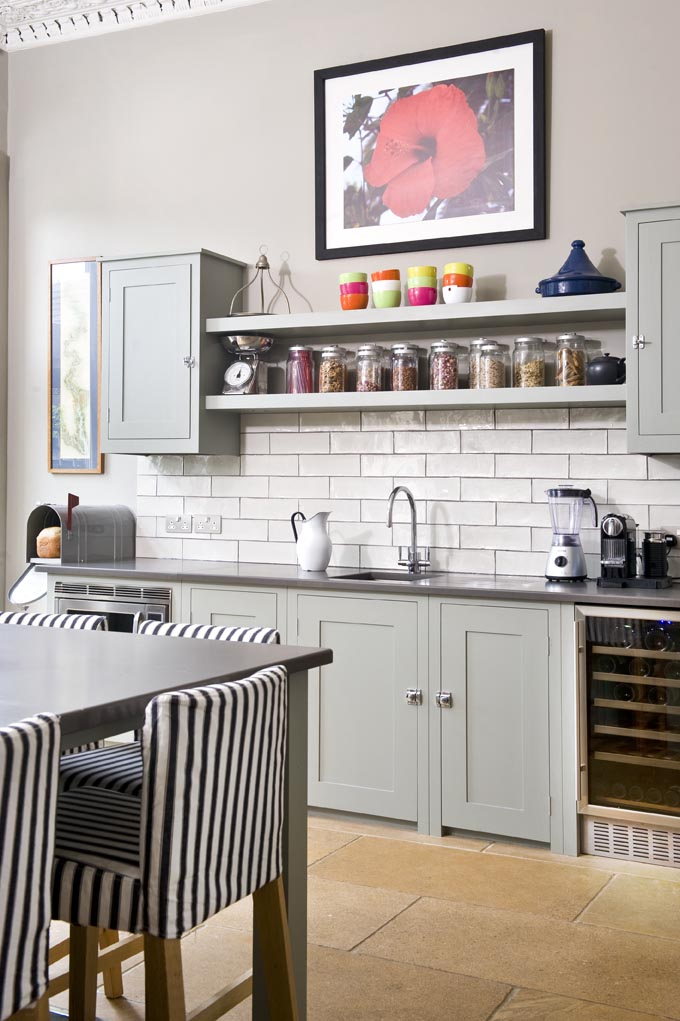 19 Gorgeous Kitchen Open Shelving That Will Inspire You - Homelovr