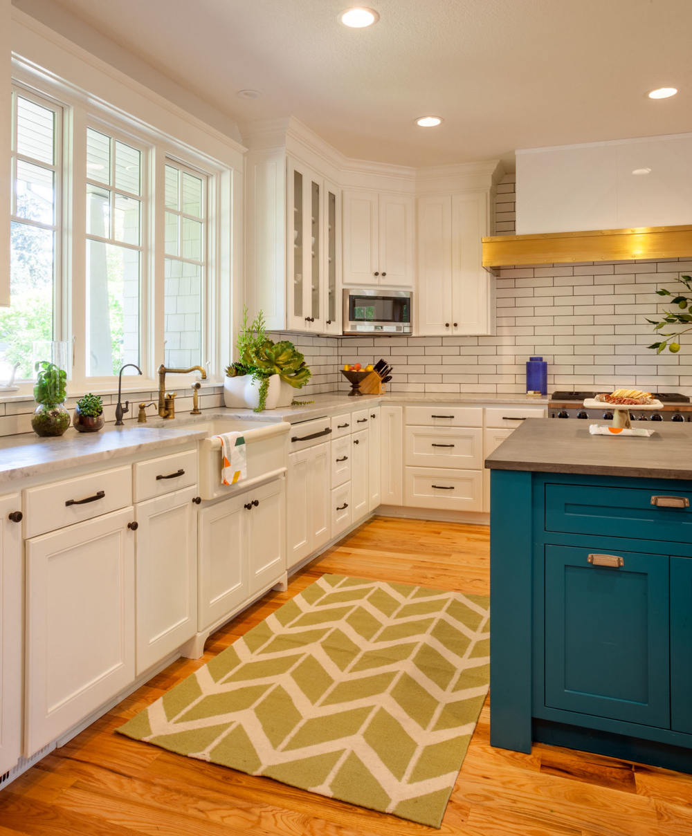 White Kitchen Cabinets Images: 20 Gorgeous Kitchen Cabinet Color Ideas For Every Type Of