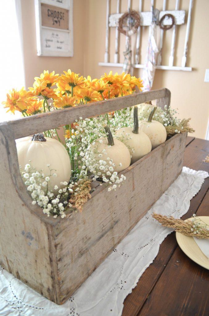 Cozy farmhouse style fall decor ideas homelovr