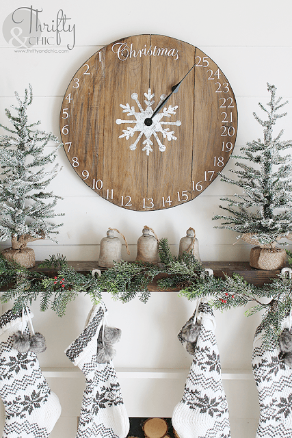 40 Farmhouse Christmas Decor Ideas Homelovr