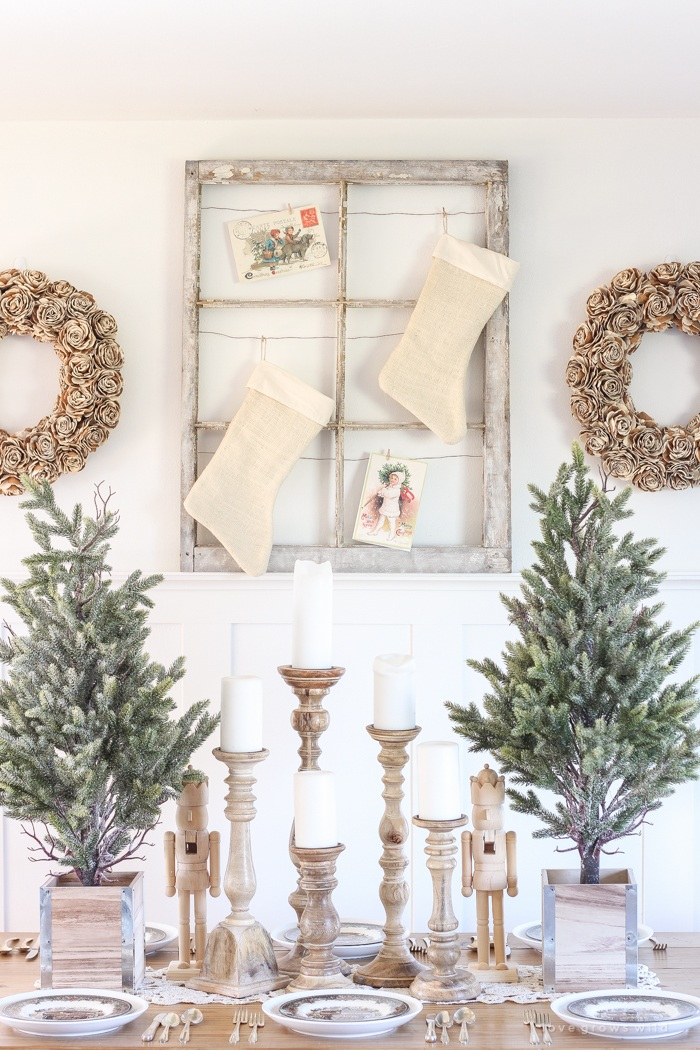 farmhouse christmas dining room decor - Farmhouse Christmas Decor
