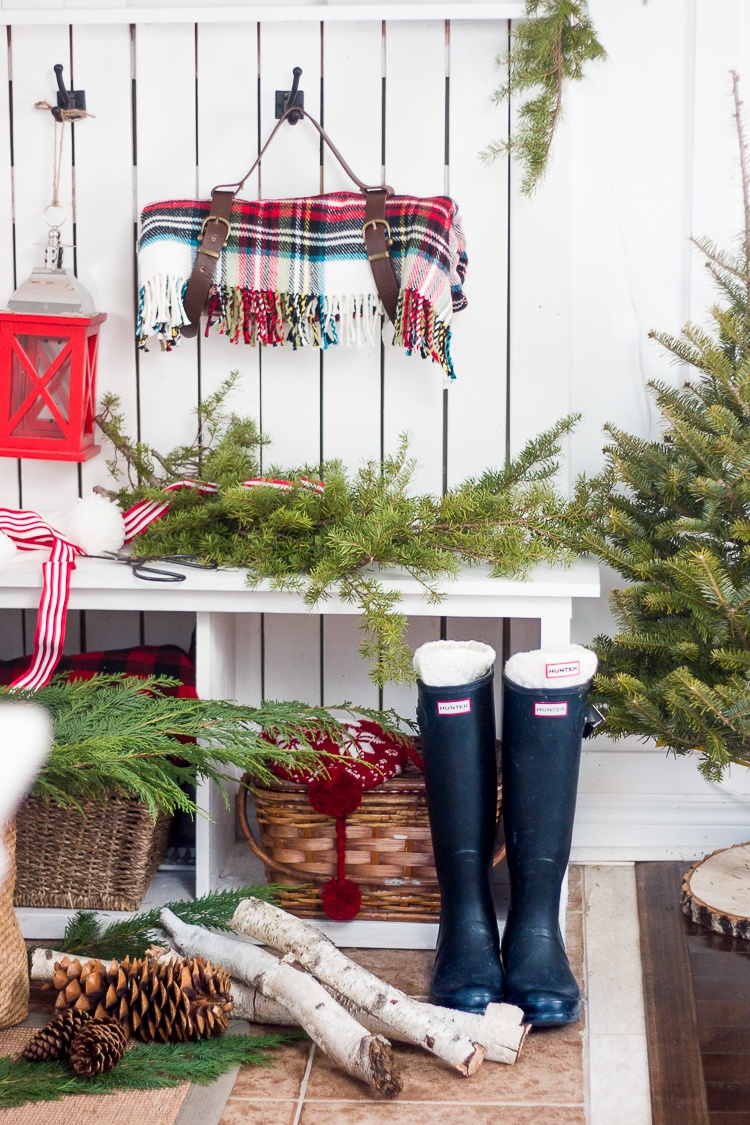 Christmas Decor Ideas For Apartment Living Room: 40 Farmhouse Christmas Decor Ideas