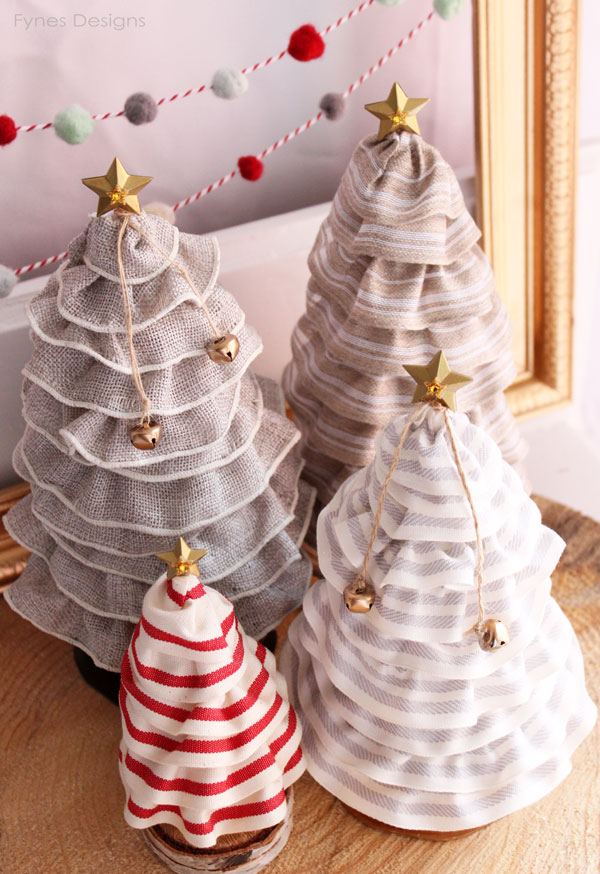 23 DIY Mini Christmas Tree Decor Ideas | Homelovr