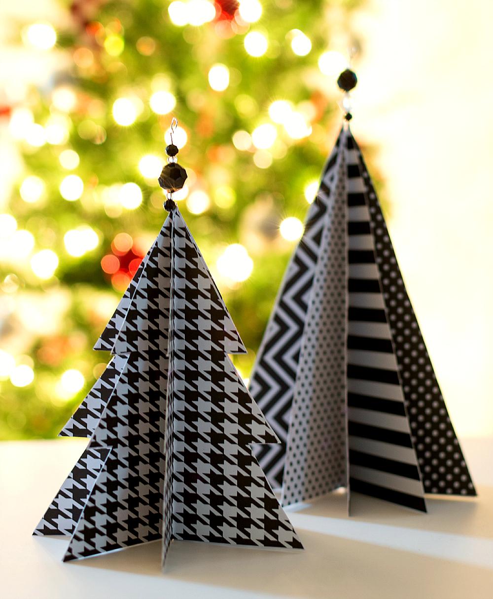 23 DIY Mini Christmas Tree Decor Ideas - Homelovr