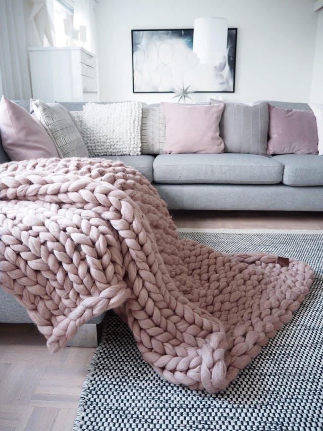 Cozy Chunky Knit Blanket Decor Ideas Homelovr