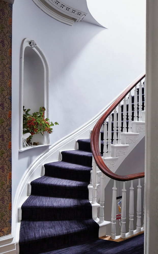 Hallway Decor with Pantone's Color of the Year, Ultra Violet