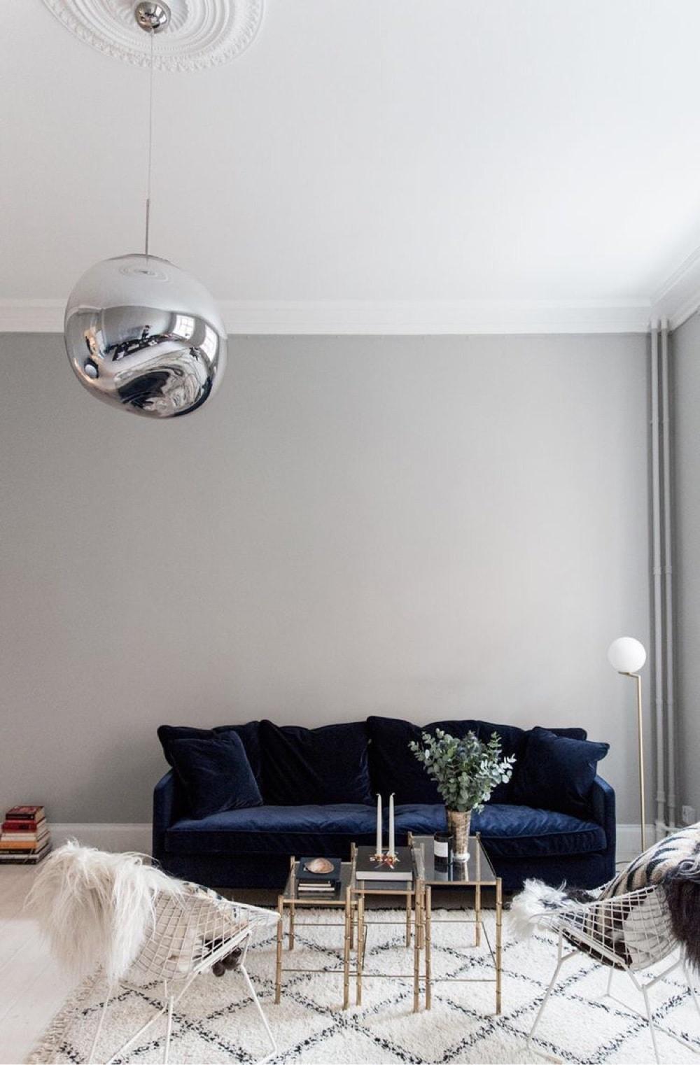 Gorgeous Blue Velvet Sofa Ideas for Your Living Room | Homelovr