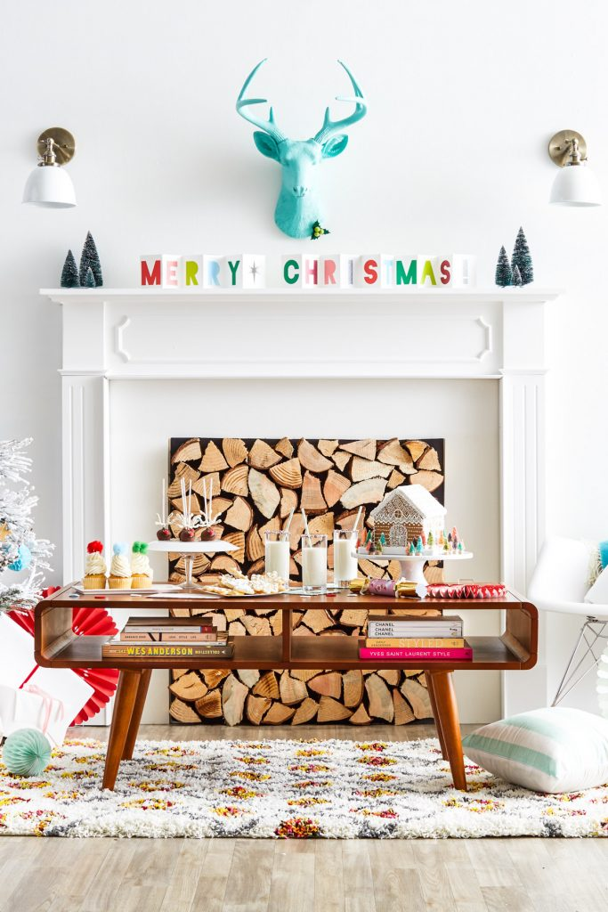 Merry & Bright Mantel