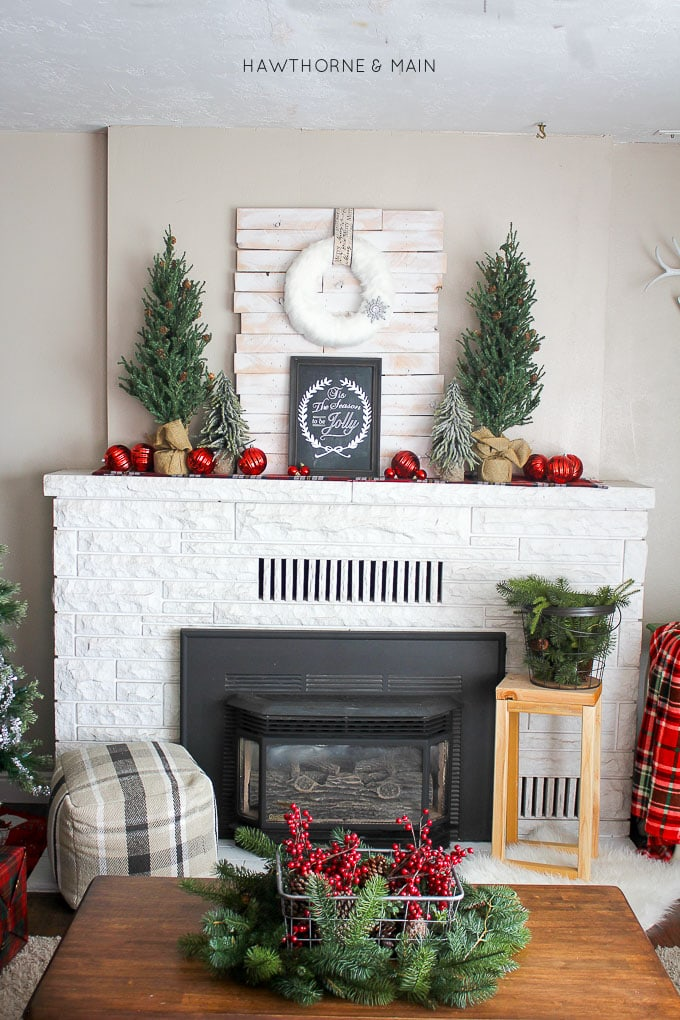Rustic Plaid Holiday Fireplace Mantel