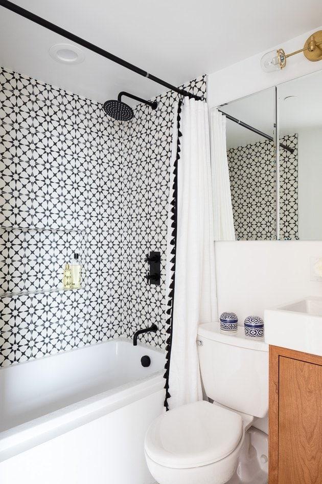 Geometric Shower Tiles